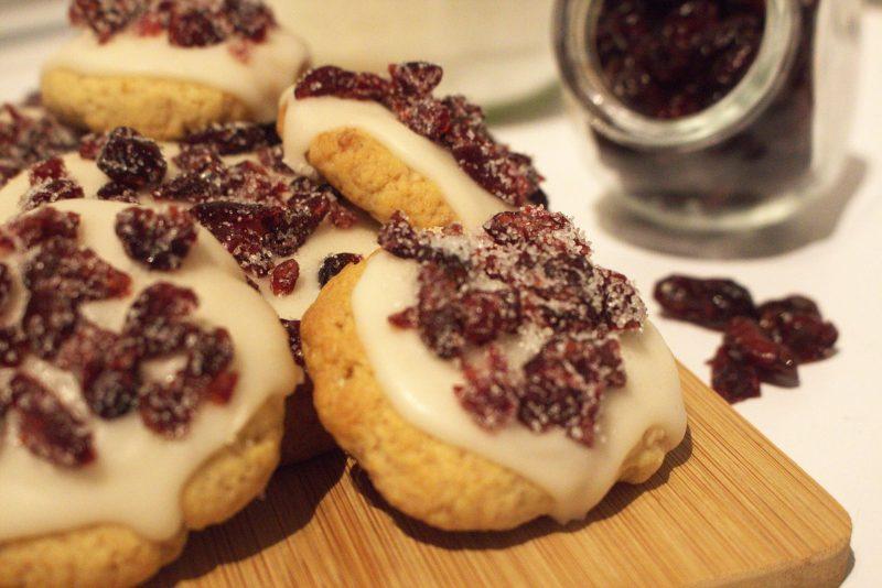 sables cookies cranberry par california cake company bordeaux